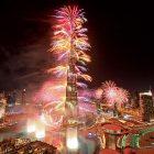 burj-khalifa-fire-works-4434340-6653608-jpg