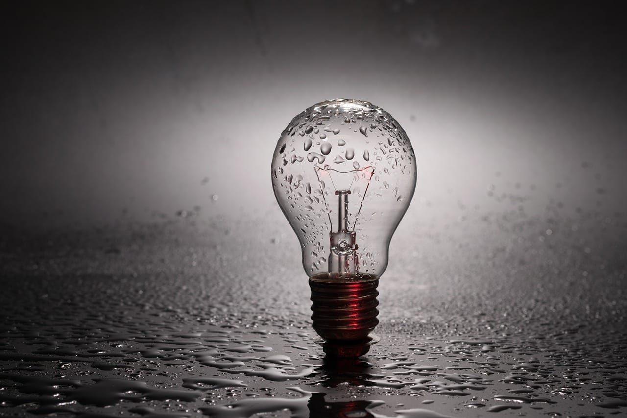 bulb-2287759_1280-1-4623698