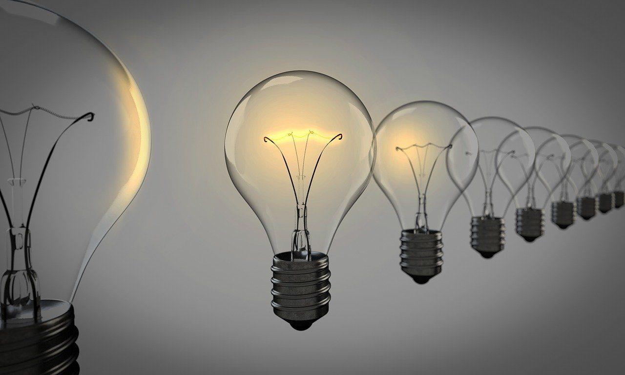 light-bulbs-1875384_1280-8123327