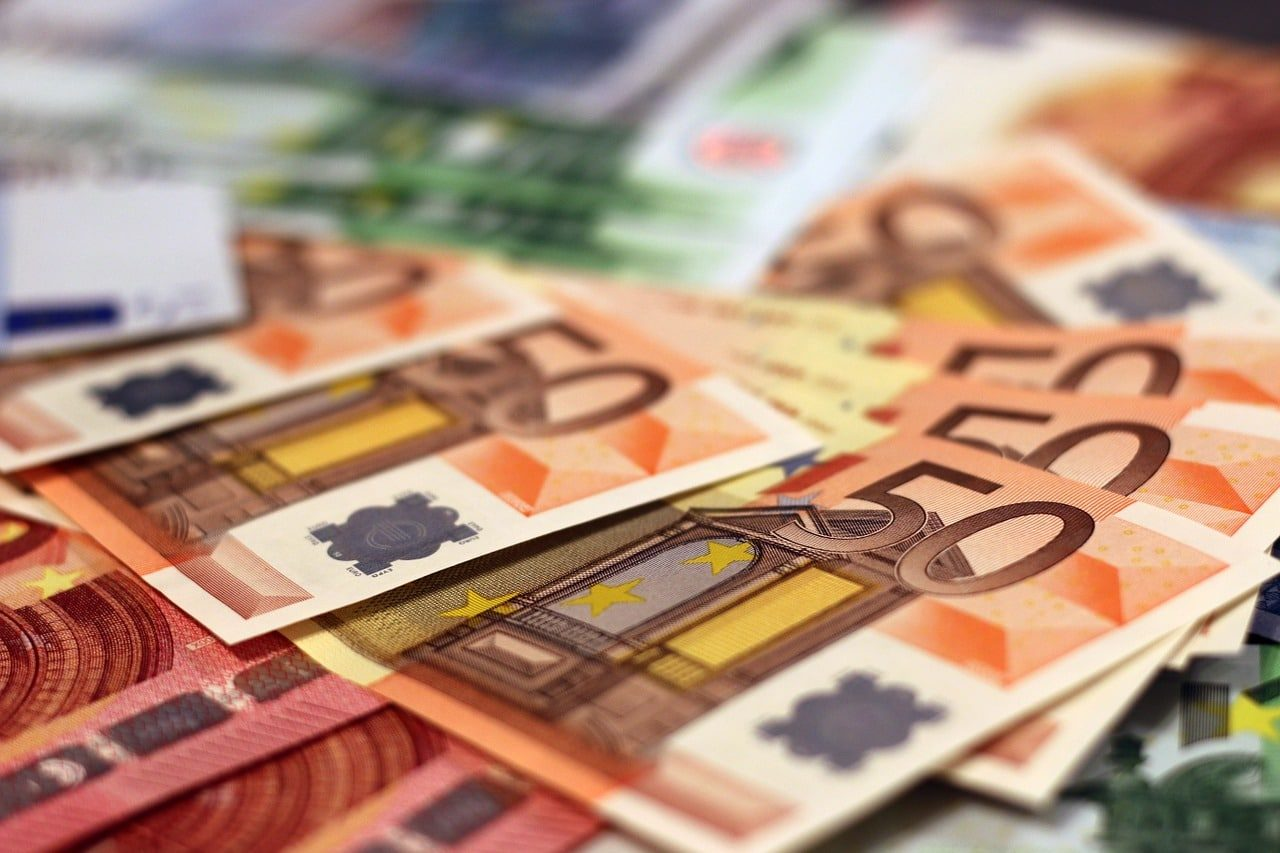 money-1005477_1280-2440897