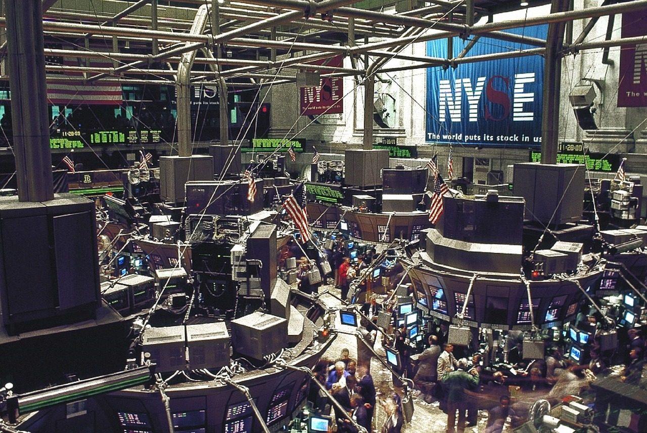 stock-exchange-738671_1280-1-4933525