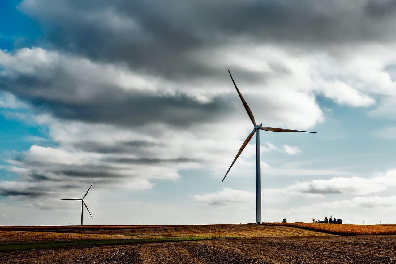 wind-farm-1747331_1280-7844091